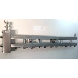 Коллектор отопления с гидрострелкой GidrussBMSS-100-6D из нержавеющей стали (100 кВт, 6 контуров вниз G 1'' НР, вход G 1 1/4'' НР Межосевое расстояние 125 мм)