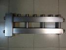 Коллектор отопления с гидрострелкой GidrussBMSS-60-4U из нержавеющей стали (до 60 кВт, 4 контура вверх G 1'' НР, вход G 1 1/4'' НР Межосевое расстояние 125 мм)