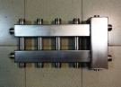 """Коллектор с гидрострелкой """"компакт"""" Gidruss BMKSS-60-5DU из нержавеющей стали (до 60 кВт, 5 контуров: 2 вниз, 2 вверх, 1 в сторону 3/4'' НР, G 1'' НР Межосевое расст 90мм)"""